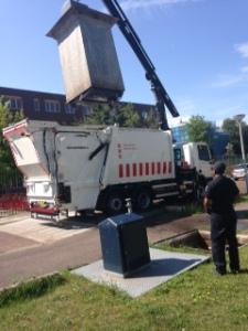 Dutch trash pickup